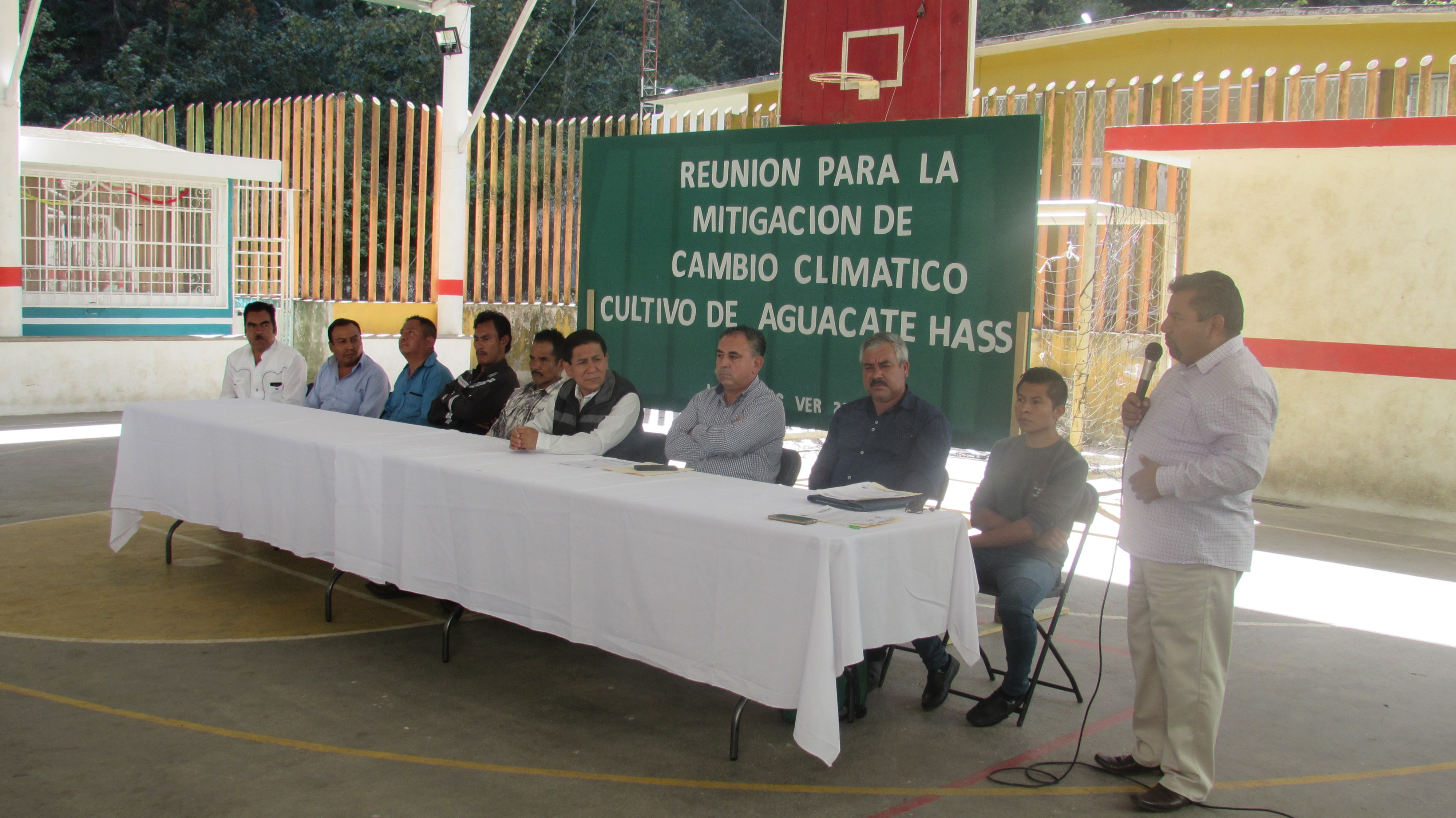 Reunión para la Mitigacion del Cambio Climático Cultivo de Aguacate Hass